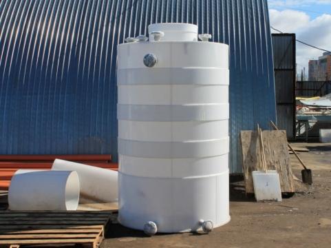 Пластиковая емкость на 1000 литров