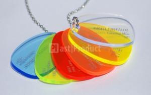 Лазерная резка пластиковых бирок